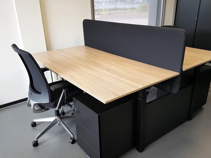 Duo bench zit sta bureau elektrisch zwart eiken double van for Bureau zit sta