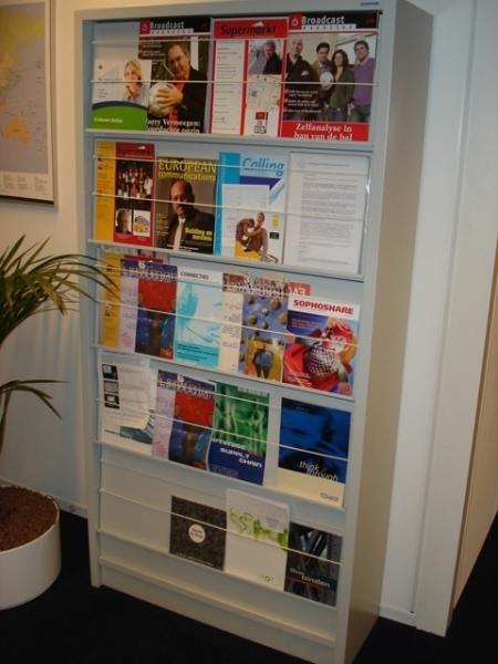 Gebruikte folderkast tijdschriften kast overtoom for Overtoom ladeblok