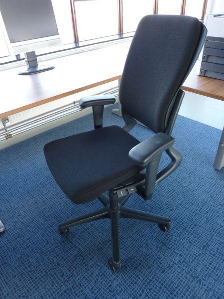 Ahrend 230 Bureaustoel Zwart.Ahrend 230 Bureaustoel Goedkoopinrichten Nl